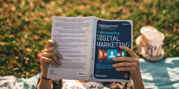 Recommended reads before starting your Digital Marketing degree